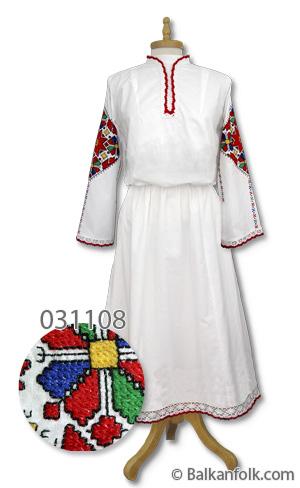 Дълга женска шопска риза за литак с бродерия на ръкавите